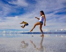 Belén et moi - Salar d'Uyuni